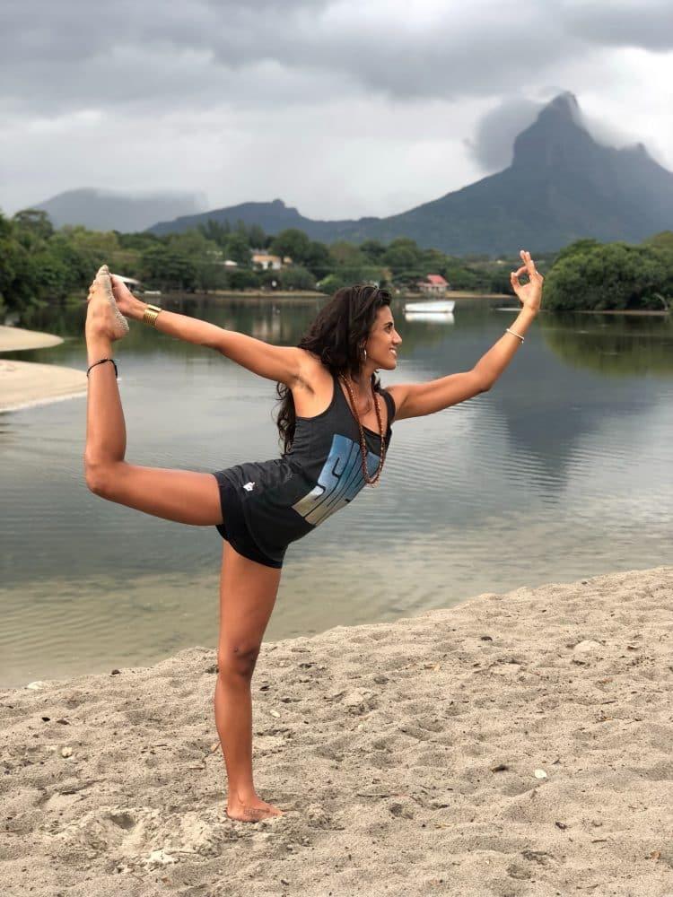 yoga fabulous island